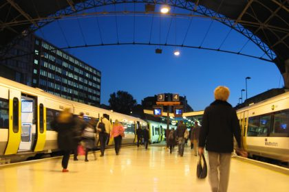 Motion commuters train